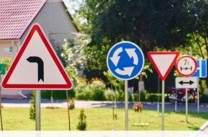 Внесены изменения в процедуре выдачи удостоверений водителя, подготовки водителей и аккредитации автошкол