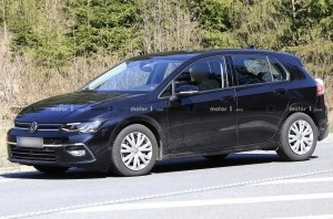На прототипе нового VW Golf 2020 почти не осталось камуфляжа